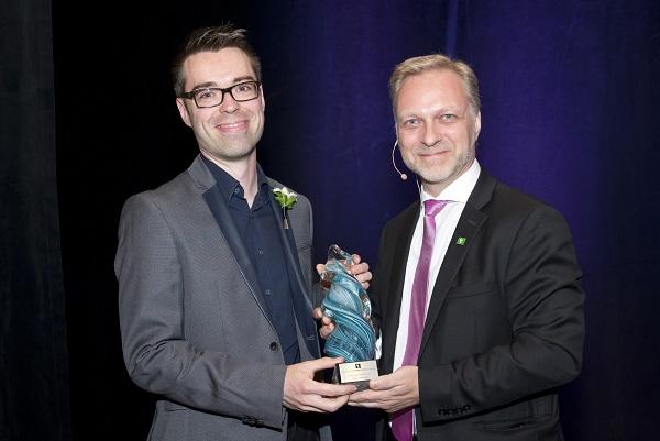 Prix Innovation 2015 Ordre des Pharmaciens du Québec Olivier Bernard